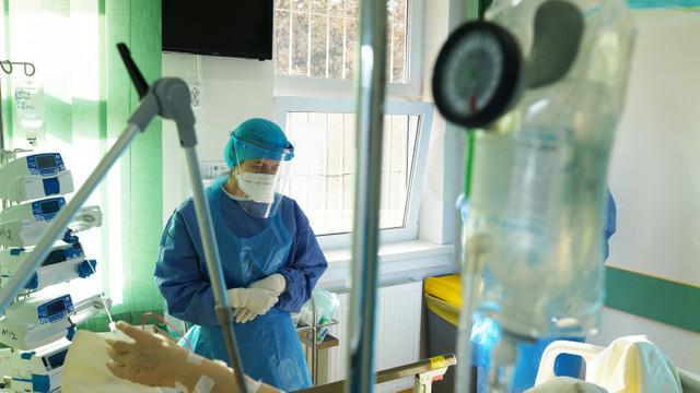 România a depășit pragul de 10.000 de morți de coronavirus. Număr ridicat de pacienți la ATI