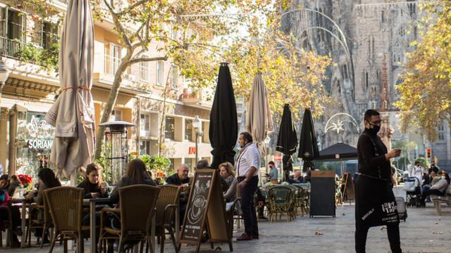 Primele efecte pozitive ale restricțiilor din Spania: Restaurantele din Barcelona, redeschise după cinci săptămâni