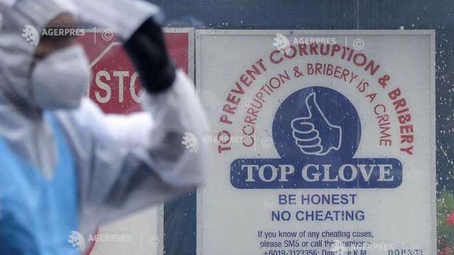 Cel mai mare producător mondial de mănuși de cauciuc avertizează că vor apărea întârzieri în livrările sale