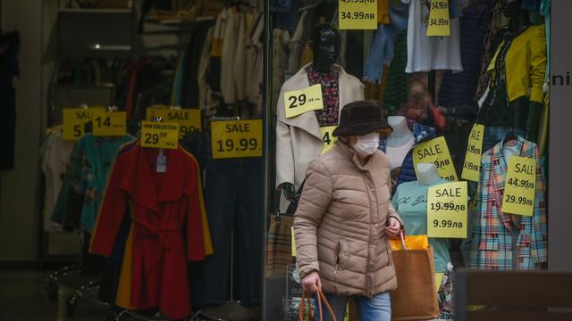 Bulgaria închide școlile, restaurantele și mall-urile din cauza COVID-19