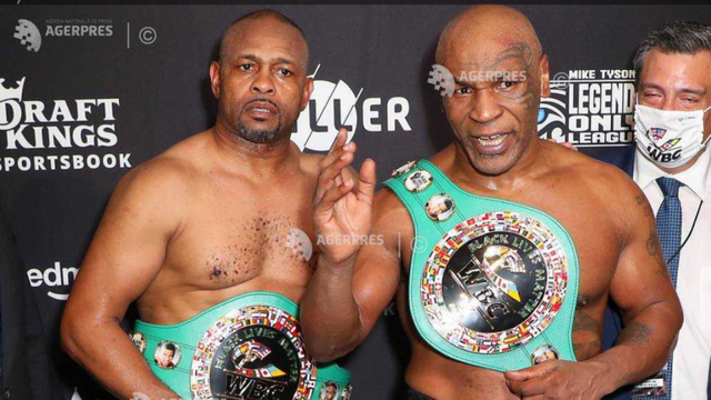 Box: Mike Tyson a luptat într-un meci demonstrativ cu Roy Jones Jr.