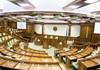 Deputații își reiau activitatea în cadrul comisiilor parlamentare permanente
