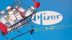 UE critică aprobarea ''grăbită'' a vaccinului Pfizer-BioNTech de către britanici