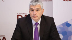 Alexandru Slusari: Doi viceguvernatori ai BNM cu mandat expirat încă în iulie 2020, care figurează în dosarul furtului miliardului, rămân membri ai comitetului executiv al Băncii și continuă să ridice salarii grase