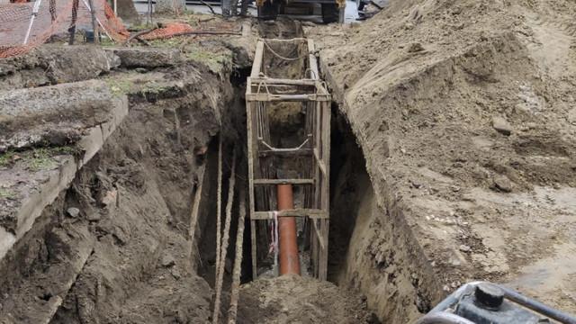 Lucrările de reabilitare a rețelei de canalizare din capitală sunt pe ultima sută de metri