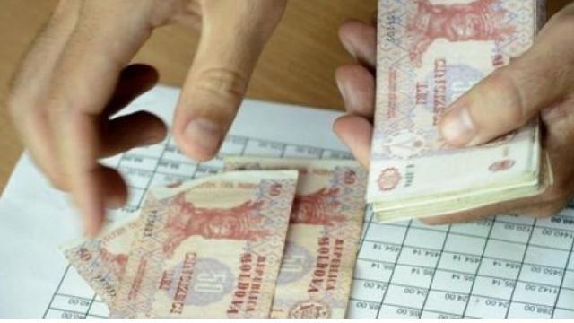 Chișinăuienii cu venituri mici ar putea primii compensații din oficiu