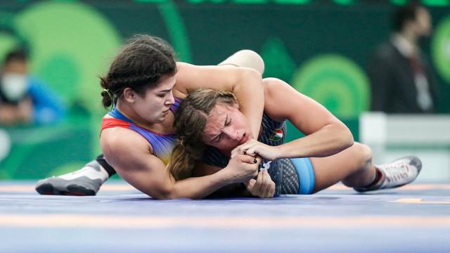 Trei luptătoare din Rep. Moldova vor concura în această seară pentru medaliile de aur la Cupa Mondială de la Belgrad