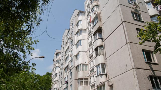 Chișinăuienii vor plăti câte 10 lei pe lună pentru intervenții în curțile de bloc
