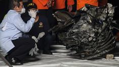 Motoarele avionului Boeing prăbușit în Marea Java funcționau când aparatul a lovit apa, confirmă