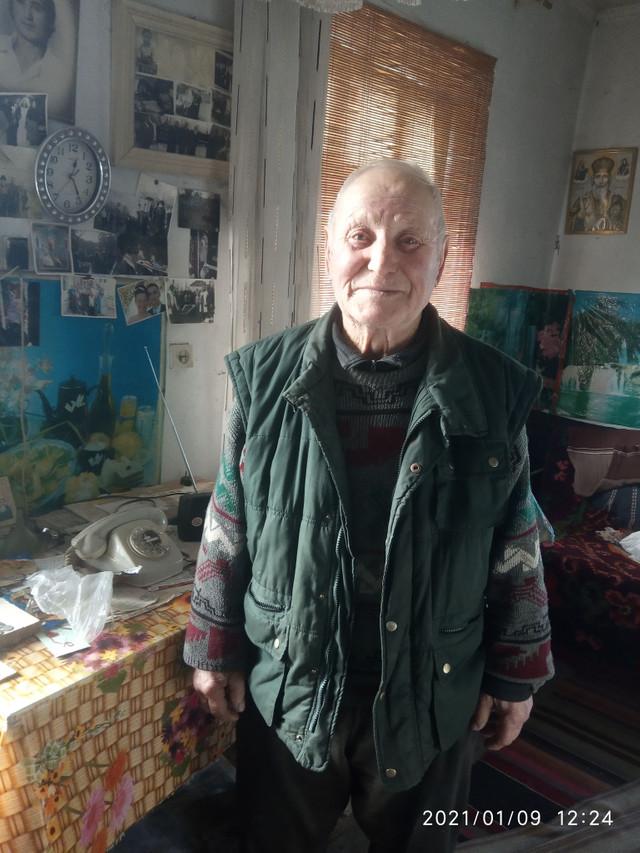RIDICAȚII: MĂRTURII DIN SIBERIA/ Petrea Moscalu din Mihăileni, Râșcani: Îi suiau în avioane de acelea, cucuruznice și îi duceau în pădurile din Rusia, unde îi aruncau jos...
