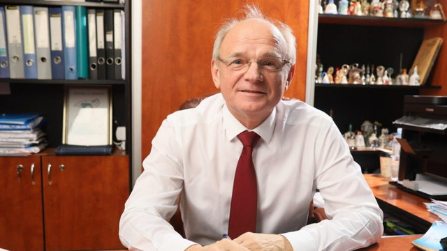Deputatul în Parlamentul României Boris Volosatî își va deschide un birou la Chișinău. Intrarea în biroul parlamentar va fi restricționat pentru unii deputați socialiști cu acte românești