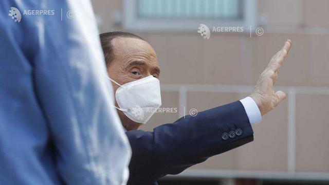 Berlusconi a părăsit spitalul din Monaco, unde era tratat pentru aritmie
