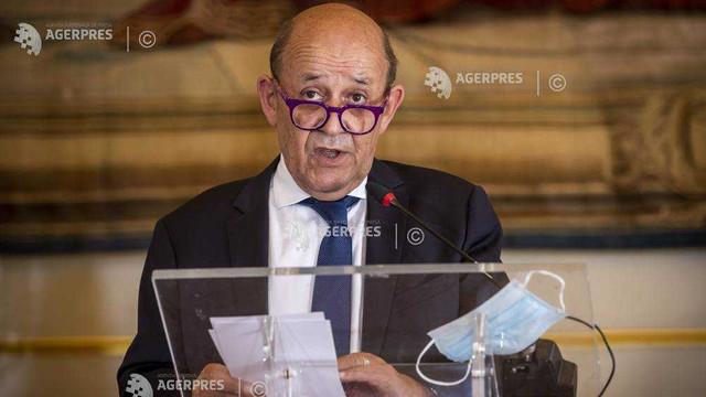 Franța: Ministrul francez de externe sugerează un moratoriu în confruntarea comercială dintre UE și SUA