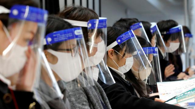 Coronavirus: Japonia va studia cazurile persoanelor infectate după vaccinarea împotriva COVID-19
