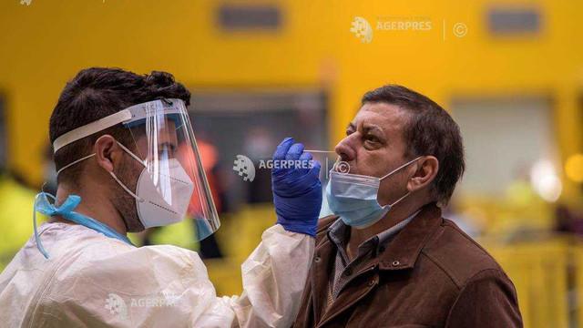 Nou record de infectări în timpul unui weekend în Spania: peste 84.000