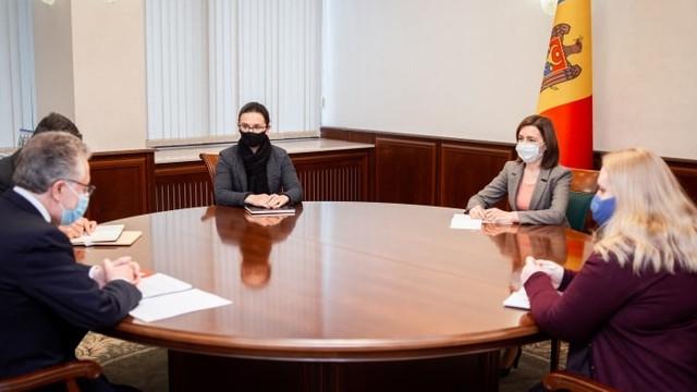 Președinta Maia Sandu a avut luni, 25 ianuarie, o întrevedere cu ambasadorul Franței la Chișinău Pascal Le Deunff