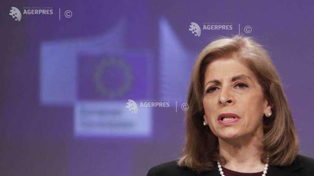 UE cere companiei AstraZeneca să livreze vaccinul anti-coronavirus produs în două fabrici din Regatul Unit