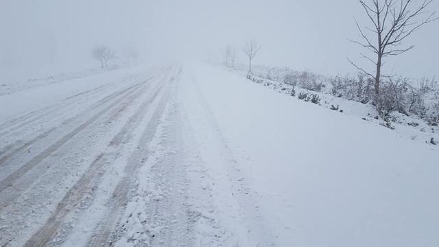 Circulația rutieră pe drumurile publice naționale se desfășoară în condiții de iarnă