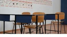 În următoarele două săptămâni, lecțiile în școli și universități se vor desfășura la distanță