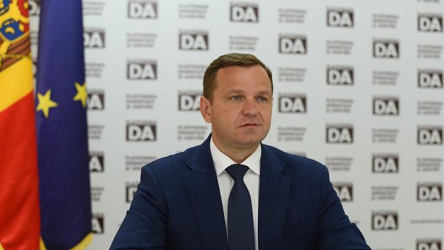 """Andrei Năstase: """"Platforma DA cheamă la negocieri partidele pro-europene responsabile și la consultări urgente cu președintele țării în vederea identificării rapide a unor soluții la criza generalizată"""""""