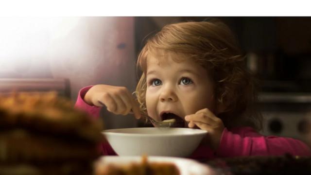 Autoritățile capitalei, CNA și ANSA vor asigura controlul alimentației în instituțiile municipale de învățământ