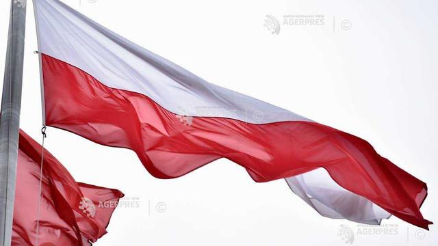 """Posturi de radio poloneze protestează împotriva obligației de a emite cel puțin 49% în limba poloneză. """"Legea va dăuna industriei muzicale poloneze în loc să o promoveze''"""