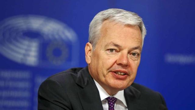 Restricțiile la granițe impuse de unele state au mers ''prea departe'', atenționează un comisar european