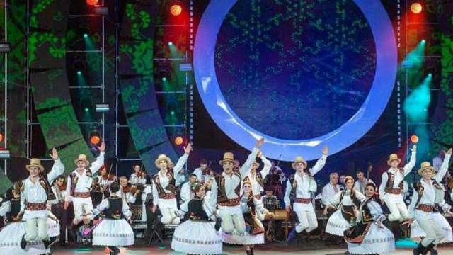 Festivalul Mărțișor trece la TV și pe online