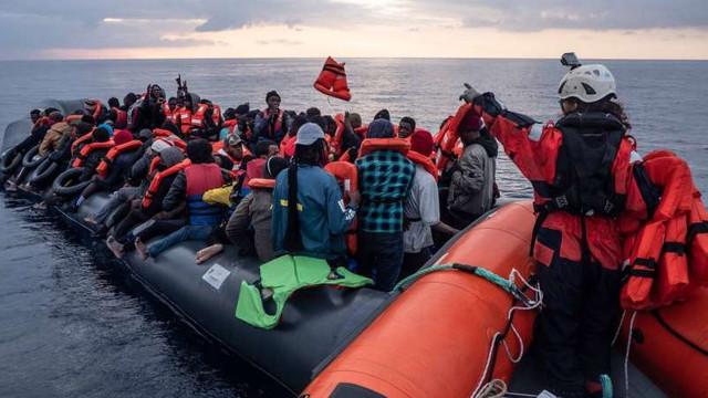 Sea-Watch anunță că nava sa a salvat 147 de migranți în largul Libiei