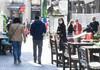 Raport | Aproximativ 35% dintre angajați se gândesc să-și schimbe locul de muncă în următoarele 12 luni, în urma pandemiei (raport)