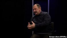 """Mircea V. Ciobanu/Gazeta de Chișinău: """"Uitați-vă la Igor Dodon, care e mereu transpirat, și veți înțelege: nu e ușor să placi atât patronului care te finanțează, cât și potențialului alegător"""" (Revista presei)"""