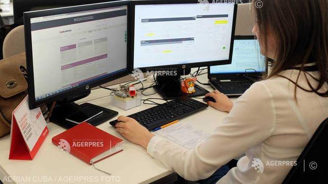 Două din zece femei care activează în IT, inspirate de un model feminin când și-au ales profesia (Kaspersky)