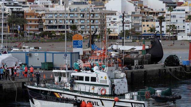 Spania | Peste 100 de migranți salvați în largul Insulelor Canare