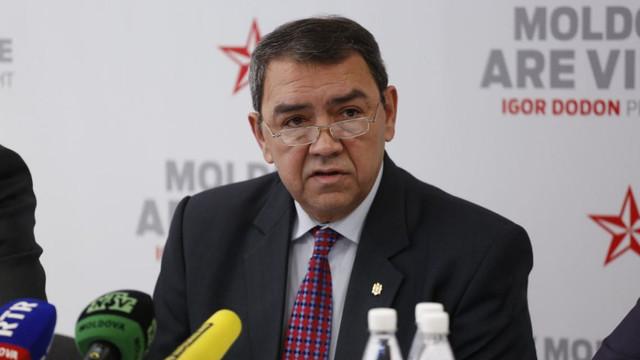 Ambasadorul R.Moldova la Moscova, Vladimir Golovatiuc, somat să dea explicații pentru untura de bursuc găsită în sacul diplomatic sigilat (Jurnal)