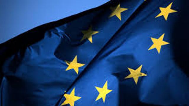 Comisia Europeană alocă 123 de milioane de euro pentru cercetarea unor noi variante ale coronavirusului