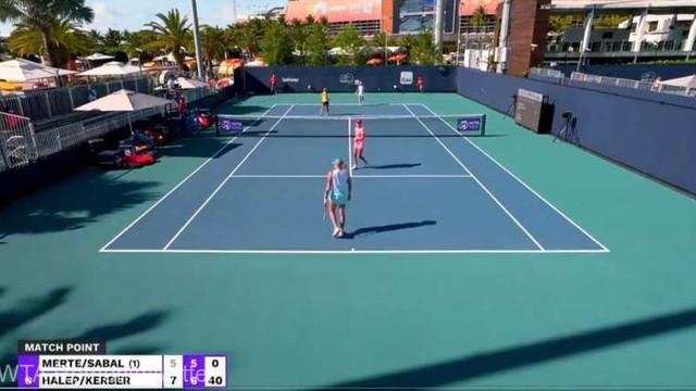 Tenis: Halep și Kerber, calificate în optimile probei de dublu la Miami Open (WTA)