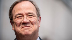Germania   Armin Laschet va fi candidatul conservatorilor la funcția de cancelar, după ce Markus Soeder și-a recunoscut înfrângerea