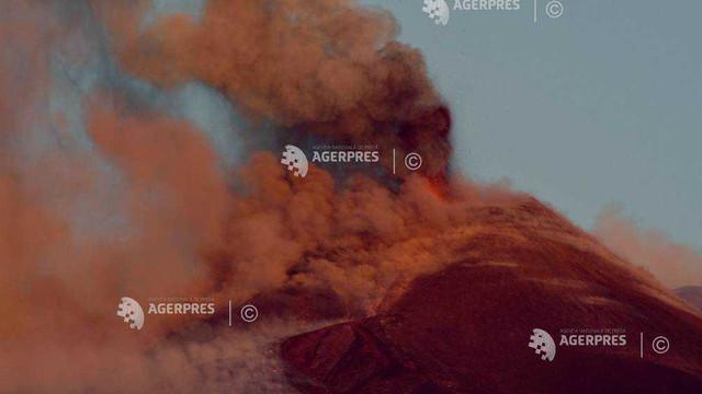 Sicilia | Spațiul aerian din jurul vulcanului Etna, închis temporar după o nouă erupție