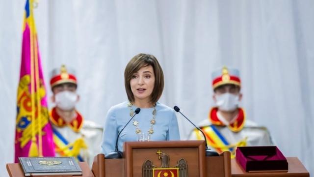 Experți   Principala realizare, de până acum, a Maiei Sandu în calitate de președintă a fost contribuția la deblocarea relațiilor cu mai multe state, dar nu a tranșat suficient de insistent subiectul prezenței militare ruse în stânga Nistrului