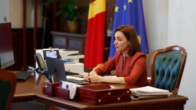 """Președinta Maia Sandu în dialog cu reprezentanții mediului de afaceri: """"Acum prioritatea e să aducem cât mai mult vaccin și să vaccinăm cât mai mulți oameni. Prin asta vom ajuta economia cel mai mult"""""""