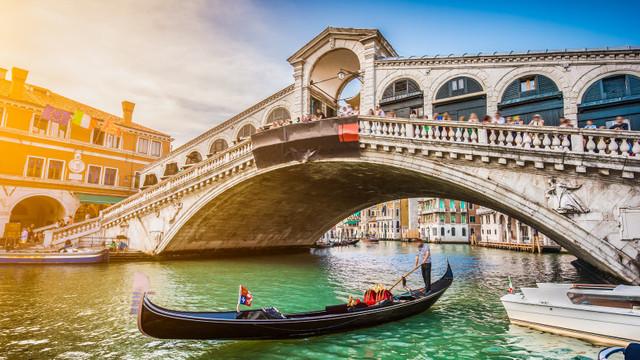 Italia va primi în vară toți turiștii vaccinați