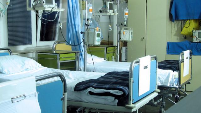 România | Rată de infectare de 18% în ultimele 24 de ore. La terapie intensivă sunt 1.529 de pacienți COVID-19