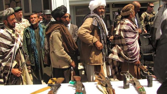 Talibanii s-au retras din conferința de pace de la Istanbul. Nouă amânare a încetării ostilităților în Afganistan