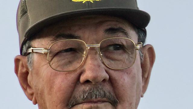Raul Castro se retrage din fruntea Partidului Comunist cubanez