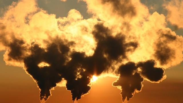 Băncile sunt presate de investitori să elimine finanțarea pentru combustibilii fosili