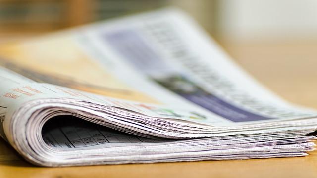 """Reacții la demiterea lui Ion Iovcev din fruntea Liceului """"Lucian Blaga"""" din Tiraspol: """"Un cadou pentru separatiști"""" (Revista presei)"""