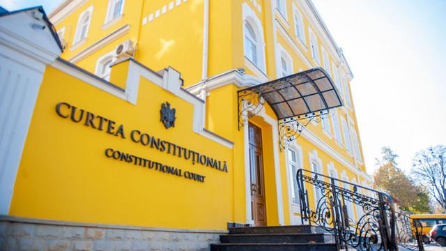 Constituționaliști: Judecătorul CC poate fi revocat doar prin decizia plenului Curții