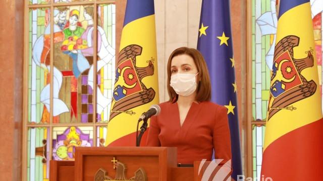 VIDEO   Președinta Maia Sandu a criticat în termeni duri deciziile de astăzi ale majorității PSRM-Șor care vizează unii judecători ai Curții Constituționale pe care le califică drept atac la ordinea constituțională și statul de drept