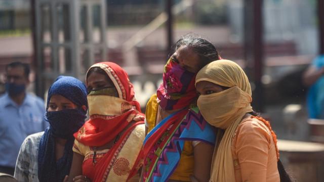 De ce criza COVID din India contează pentru întreaga lume și cum afectează vaccinarea la nivel mondial