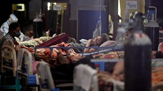 India înregistrează a șaptea zi cu record mondial de infectări cu COVID, peste 375.000 de îmbolnăviri în 24 de ore